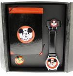 フォッシル 時計 Mickey Mouse Club Commemorative Watch Pin amp Autograph Book Display