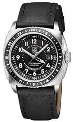 <img class='new_mark_img1' src='https://img.shop-pro.jp/img/new/icons27.gif' style='border:none;display:inline;margin:0px;padding:0px;width:auto;' />ルミノックス 時計 Luminox P-38 Lighting Black Dial Black Leather Mens Watch 9421